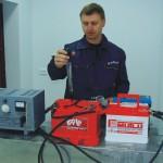 Проверка электролита аккумулятора