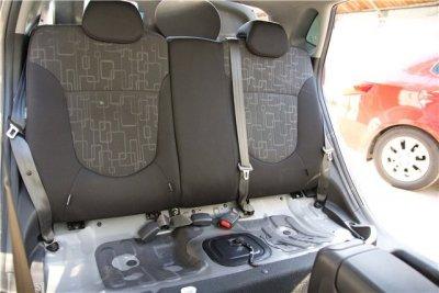 как снять сиденья автомобиля